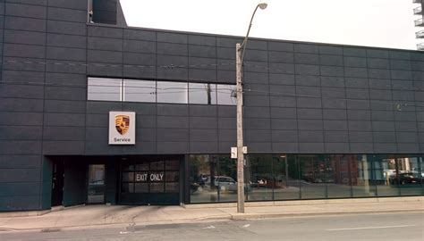 porsche toronto downtown porsche car dealers 68 parliament