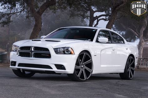 rims and tires for dodge charger this dodge charger with dub wheels is american