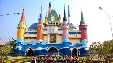 theme park in bangkok photo tr siam park city bangkok thailand theme park