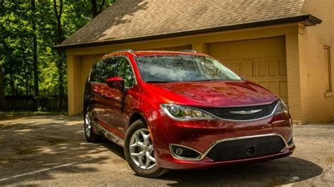 Problems With Chrysler Pacifica by Chrysler Pacifica Problems 2017 Motavera