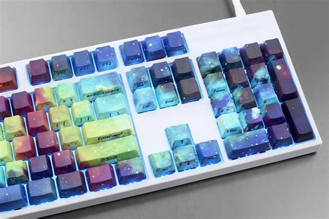 Keyboard Warna Warni dandani keyboard pc anda dengan kabut nebula teknologi www inilah
