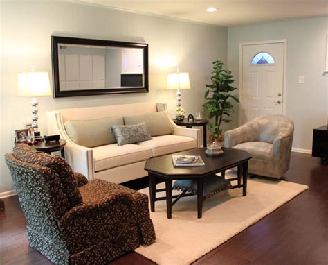 transitional living room residential leslie thomas interiors dallas fort worth tx