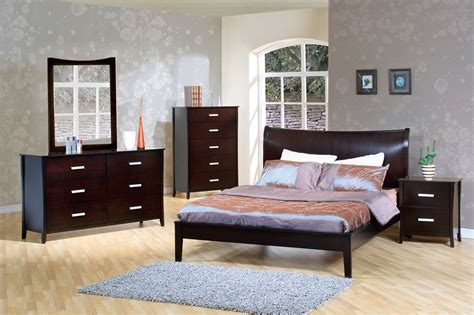 modern platform bedroom sets dreamfurniture com 200300q stuart contemporary platform