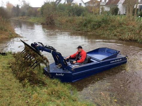 mowing boat berky m 228 hmaschinen basic mowing boat model 6310