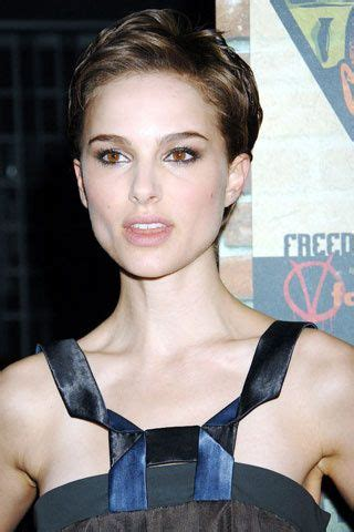 Natalie Portman on Pixie Style   For the locks   Pinterest