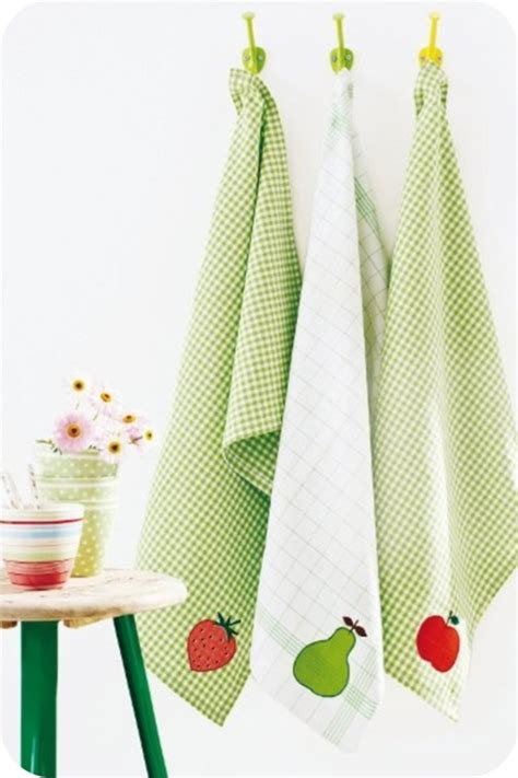 sewing pattern kitchen towel holder 1000 images about tea towels pot holders embroidery