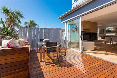 single level 60 s sydney home gets a beachy modern upgrade