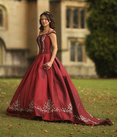 coloured winter wedding dresses uk wedding traditions whose tradition is it anyway meant for you