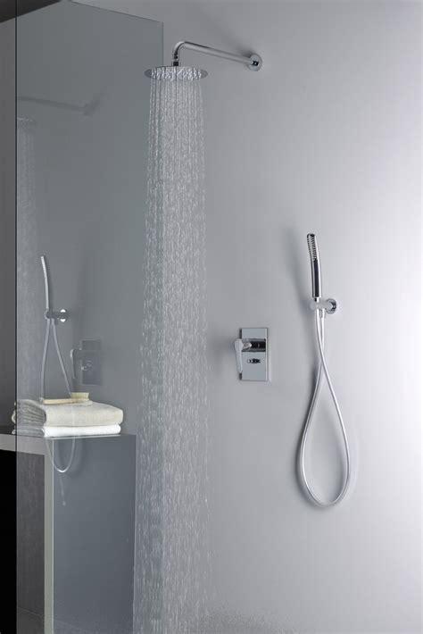 rubinetteria per doccia prezzi risparmiare acqua ecco i rubinetti giusti cose di casa