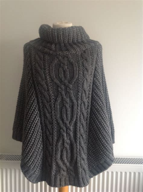 knit poncho pin by ruben teuna on knitted ponchos knitted poncho