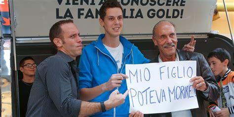 Banco Dei Pugni by Banco Dei Pugni La Famiglia Gold Al Fuori Salone Mirata
