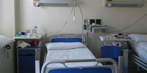 letto ospedale cade e muore da un letto senza sbarra indagine sul san