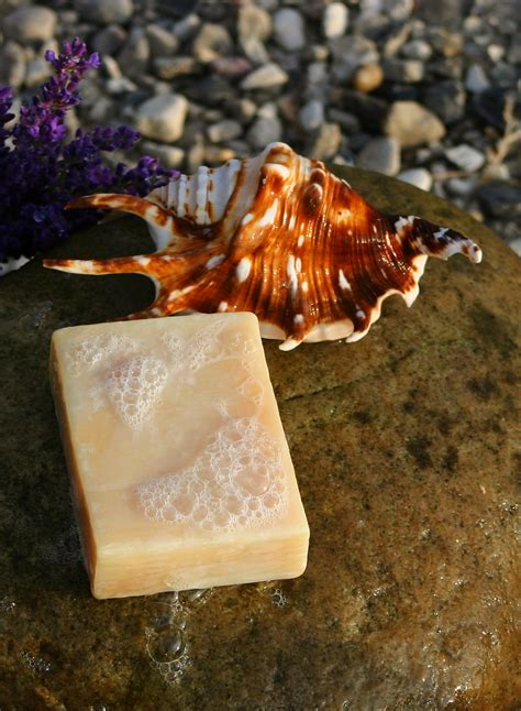 The Handmade Soap - file handmade soap jpg wikimedia commons