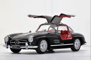Mercedes Wing Doors Those Quot Falcon Wing Quot Doors Are Coming Back To Haunt Tesla