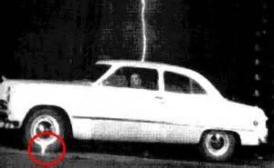 Lightning Strikes Car When Lightning Strikes