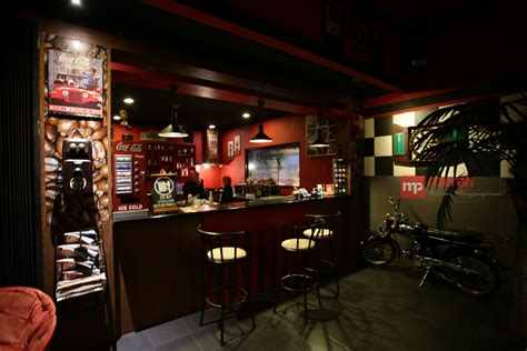 Coffee Toffee Pamulang menu andalan kedai kopi ngopiyo pamulang merahputih