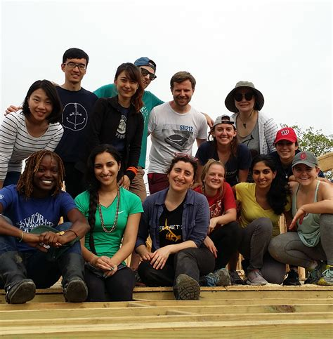 Georgetown Mba Students by Mba Students Build Homes In New Orleans