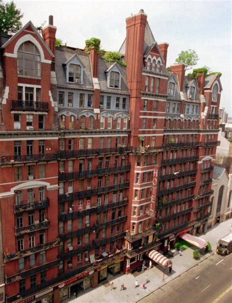 chelsea inn new york inside the palace chelsea hotel s iconic guests
