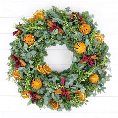 traditional wreath how to make a traditional wreath