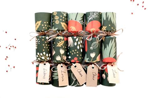 How To Make Your Own Gorgeous Christmas Crackers Make Your Own Crackers Template