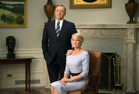 house of cards claire house of cards lo stile di claire underwood chikscorner
