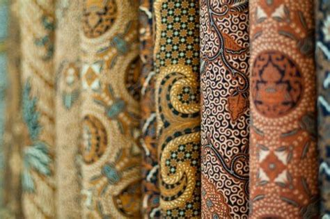 Jual Jenis Kain by Top 3 Modern Batik Designers In Malaysia Thestoppage