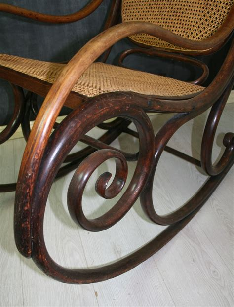 thonet bentwood rocking chair no 1 antiques atlas thonet bentwood rocking chair no 1 antiques atlas