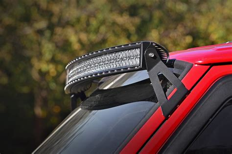 50in Curved LED Light Bar Upper Windshield Mounting