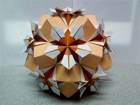 Origami Sphere - estrella flor origami by theorigamiarchitect on