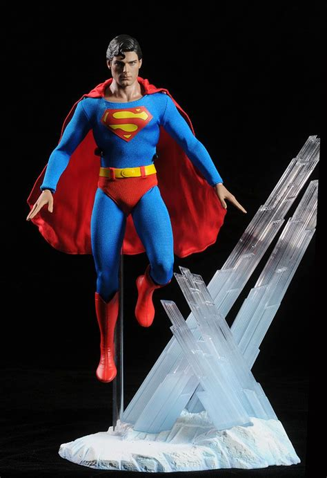 christopher reeve hot toys superman christopher reeve sixth scale figure dc comics