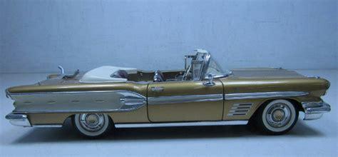 gold convertible road signature 1958 pontiac bonneville convertible 1 18