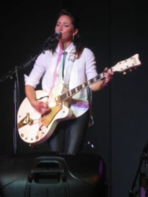 Kt Tunstalls Hold On by Kt Tunstall A Bahamas Cruise Fretmentor S