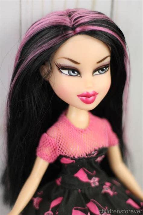 bratz doll pink hair mga bratz boutique love jade doll long hair w pink