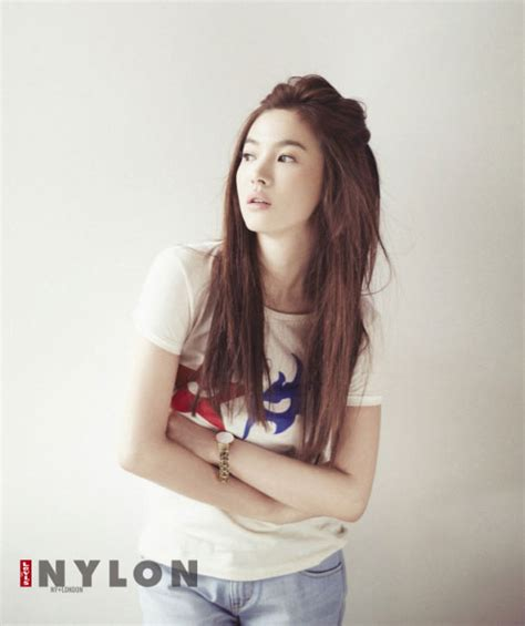 korean song song hye kyo levi s korea