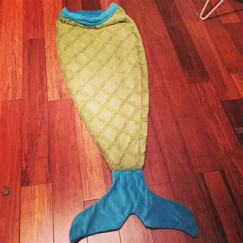 pattern for sewing a mermaid tail mermaid tail blanket tutorial with free printable pattern