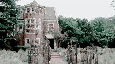 murder house location ahs murder house 40k g asylum freak show coven ahsedit americanhororstorys