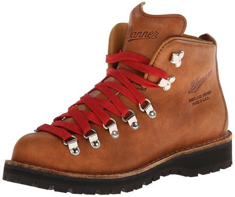 womens hiking boot stumptown by danner s mountain light cascade hiking