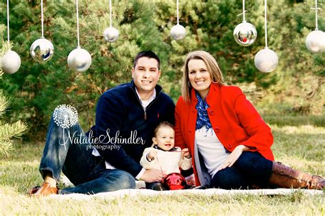 family chrismas session outdoor christmas mini sessions