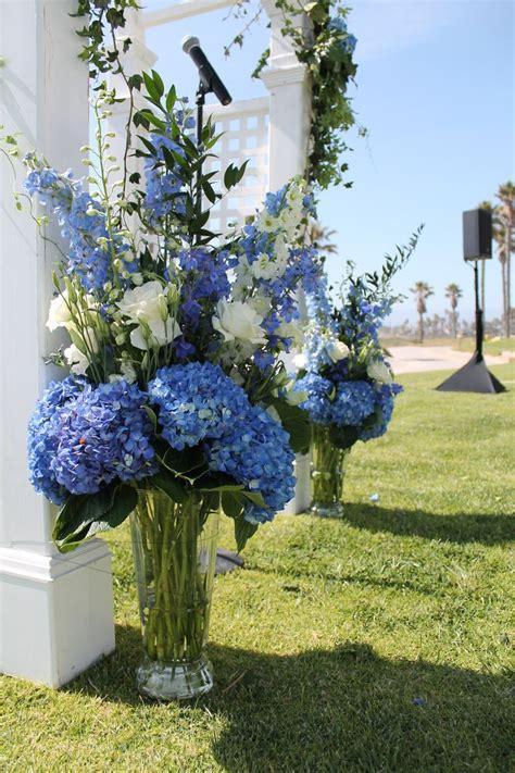 best 25 blue hydrangea wedding ideas on hydrangea bouquet hydrangea wedding