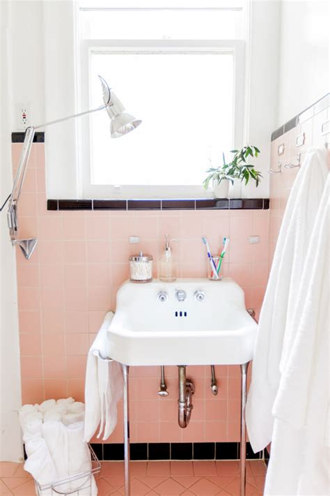how to make a small bathroom look nice 31 cheap tricks for making your bathroom the best room in