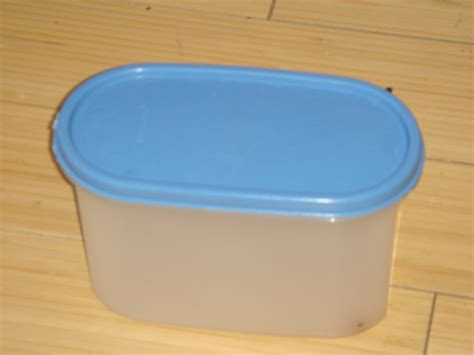 Small Container Tupperware file small authentic tupperware jpg wikimedia commons