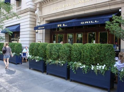 Chicago Restaurants With Outdoor Patios by Ralph Chicago And Restaurant On