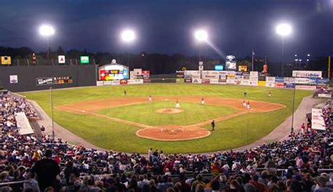 sea dogs portland hadlock field