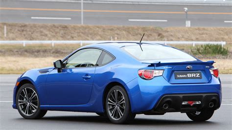 subaru brz scion fr s scion fr s vs subaru brz the same but different
