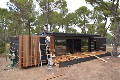multipod studio pop up house pop up house une maison 224 monter en seulement 4 jours