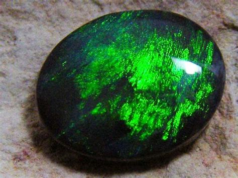green opal rock electric green n1 black opal 2 30cts jo 1234 beautiful