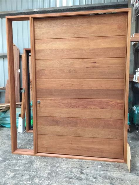 Front Doors Timber Solid Timber Front And Entry Doors Beachwood Doors