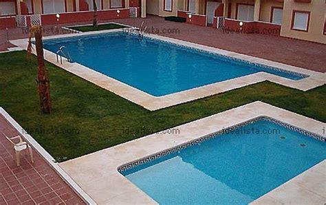 apartamentos en isla cristina huelva apartamento para 4 personas con piscina isla cristina