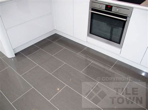Gray Tile Kitchen Floor Lounge Grey Porcelain Floor Tile This Range Of Polished Porcelain Tiles A Gloss