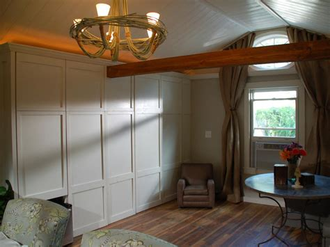 Master Bedroom Decor Ideas Sliding Closet Doors Design Ideas And Options Hgtv